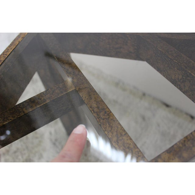 Mid Century Modern pair of end tables with glass tops For Sale - Image 4 of 10