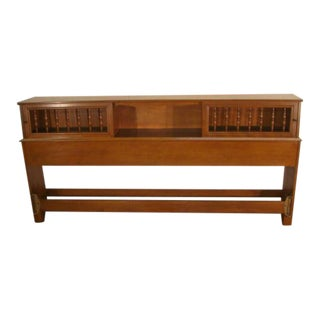 Traditional Ethan Allen Solid Maple King Size Bookcase Headboard For Sale