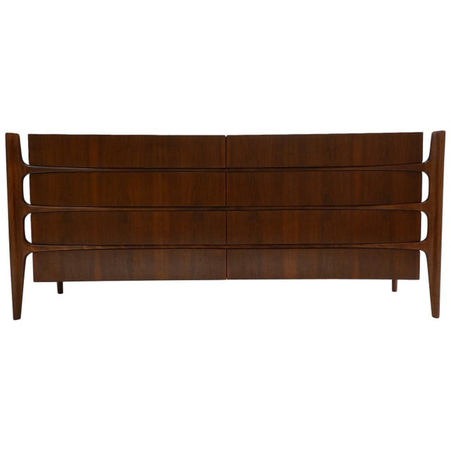 Stilted Curved Scandinavian Mid-Century Modern William Hinn Chest or Dresser For Sale - Image 13 of 13