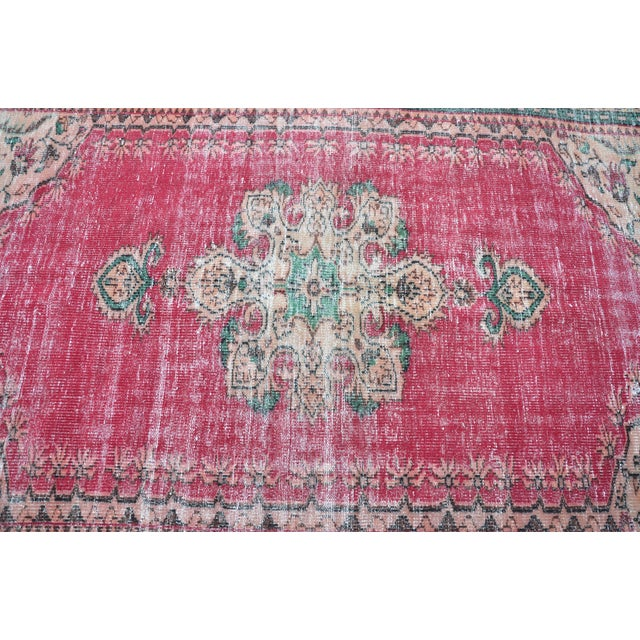 1960s Modern Turkish Oushak Handwoven Tribal Red Wool Floral Rug For Sale - Image 5 of 7