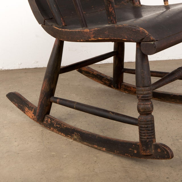Early 19th Century Windsor Rocking Chair For Sale - Image 9 of 13