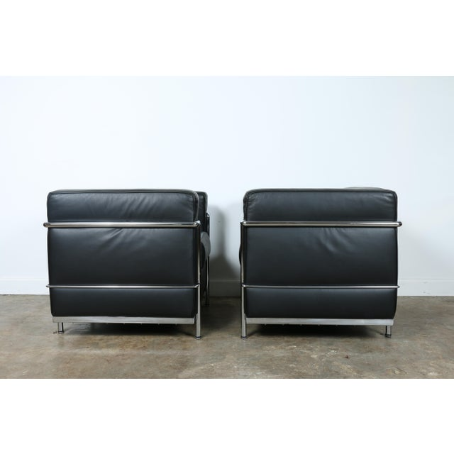Le Corbusier Style Black Leather Club Chairs - A Pair For Sale - Image 5 of 11