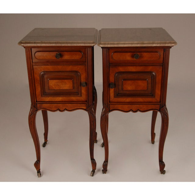 French Victorian Nightstands on Castors Rose Veneer Carved Wood Marble Top - a Pair For Sale - Image 6 of 12