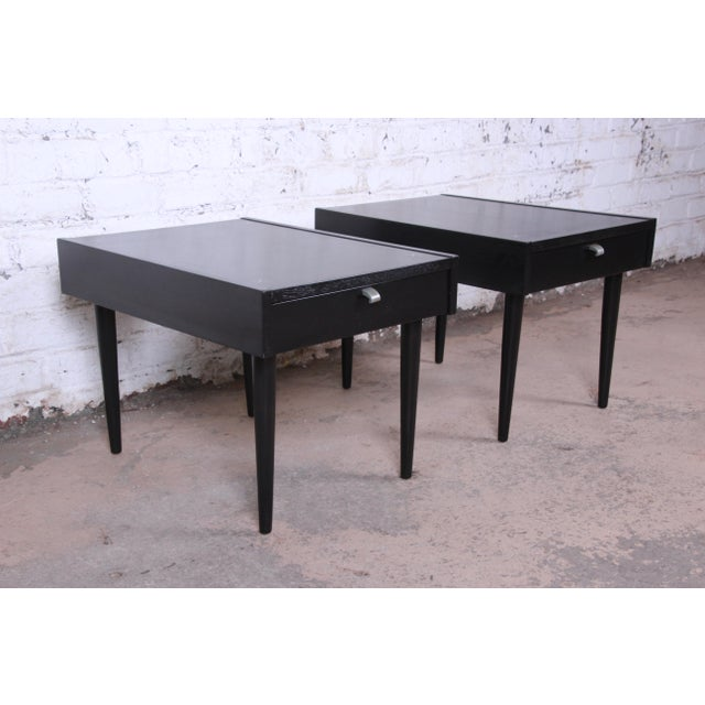 1960s Merton Gershun for American of Martinsville Ebonized End Tables or Nightstands, Pair For Sale - Image 5 of 13
