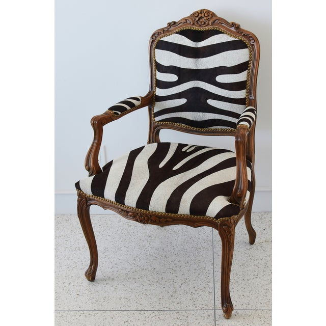 Late 20th Century 1950s Carved Hardwood & Tiger Cowhide Upholstered Armchair For Sale - Image 5 of 13