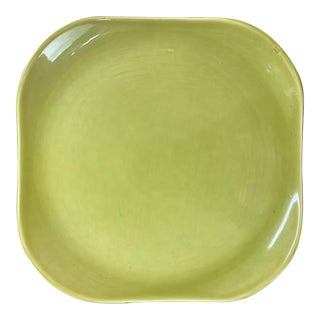 Vintage 1940s Russel Wright Mid-Century Modern Chartreuse Chop Plate For Sale