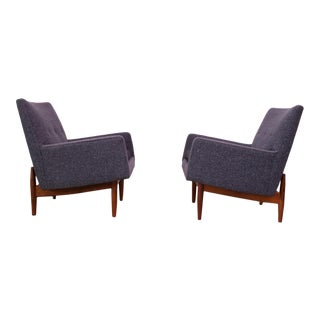 Pair of 1950s Floating Walnut Lounge Chairs by Jens Risom For Sale