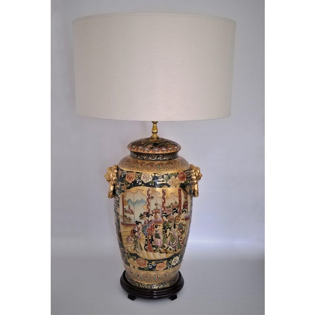 Vintage Contemporary Chinese Export Ceramic Porcelain Lamps - a Pair For Sale In Miami - Image 6 of 13