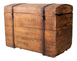 Image of Country Trunks and Blanket Chests