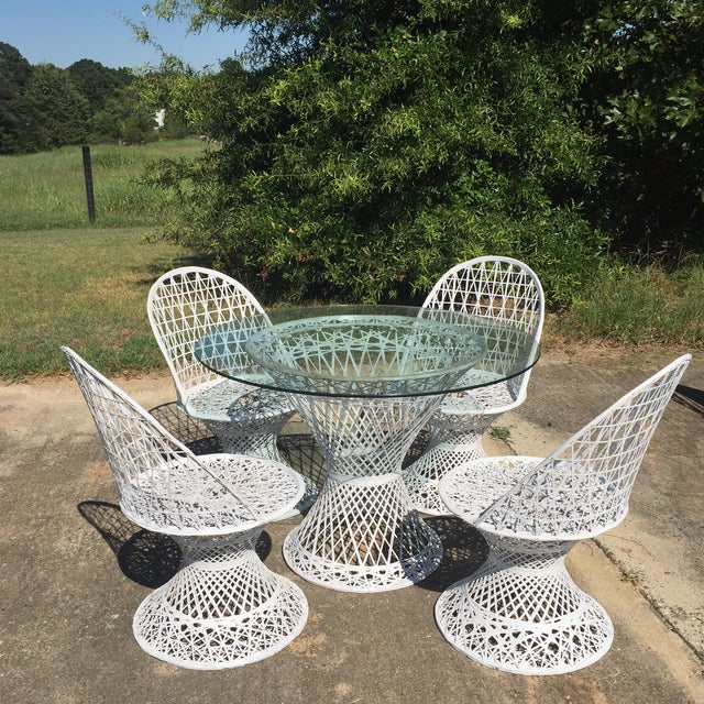 Mid 20th Century Mid Century Russell Woodard Spun Fiberglass White Outdoor Dining Set For Sale - Image 5 of 8
