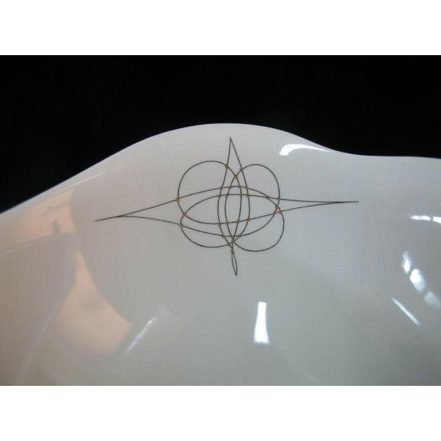 Eva Zeisel Eva Zeisel Hall Mid Century Modern Atomic Fantasy Coupe Cereal Bowls - Set of 6 For Sale - Image 4 of 7