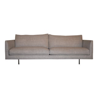 Modern Montis Axel 3.5 Seat Sofa For Sale