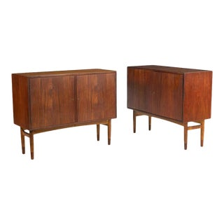 Mid-Century Modern Pair of Cabinets, Nightstand or Commodes Gjovik Mobelfabriken For Sale