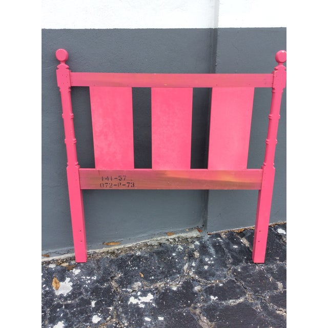 20th Century Hollywood Regency Hot Pink Lacquered Twin Headboard With Silver Leaf For Sale In Miami - Image 6 of 13