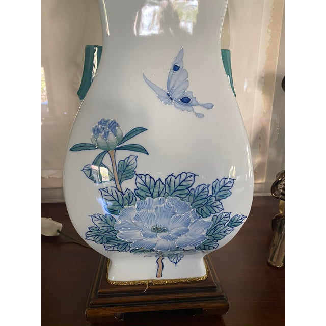 Asian Ceramic Table Lamp For Sale - Image 4 of 6