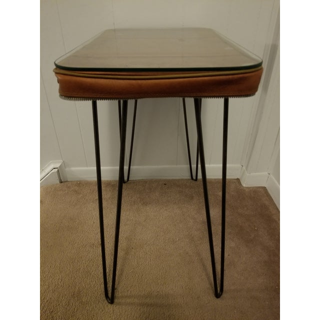 This is an upcycled vintage suitcase turned side or end table. It is a great addition to many different decorating styles....