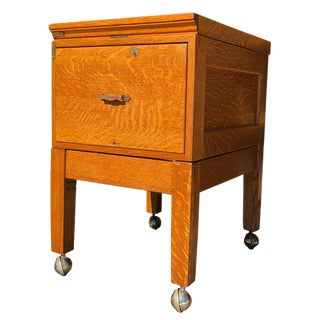 1920s Arts and Crafts Library Bureau Oak Single Stack Filing Cabinet For Sale