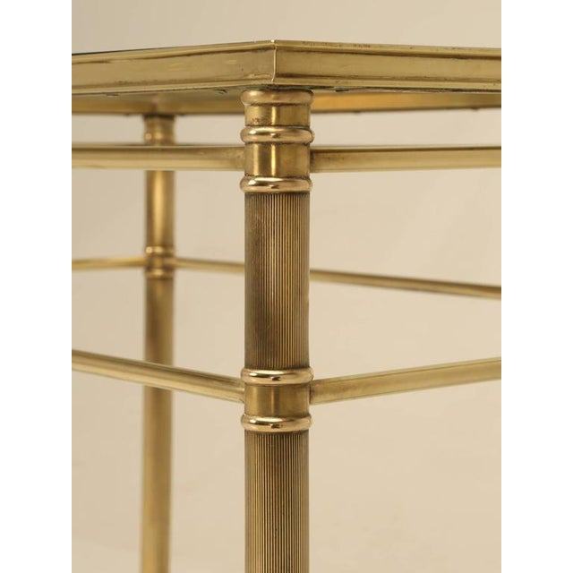 Mid-Century Modern Brass End Table with Paw Feet For Sale In Chicago - Image 6 of 10