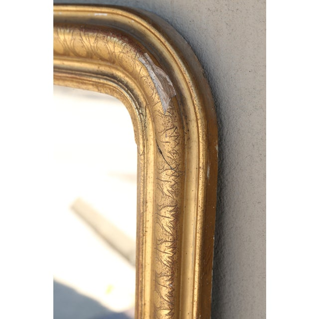 Glass 19th Century French Louis Philippe Carved Gilt Mirror With Original Glass For Sale - Image 7 of 12