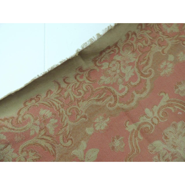 Hollywood Regency Mulberry Woven Dusty Rose Floral Throw For Sale - Image 3 of 7