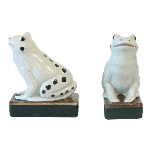 English Celadon Staffordshire Style Frog Figurines - a Pair For Sale - Image 3 of 5