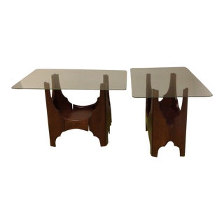 Harvey Probber Occasional Retro Table Mid Century Modern Walnut Two Tier End Side Table - a Pair For Sale