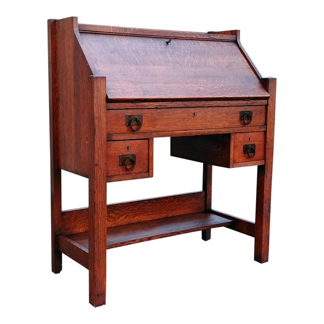 1910s Arts & Crafts Honeoye Falls Furniture Co Quarter Sawn Oak Desk For Sale