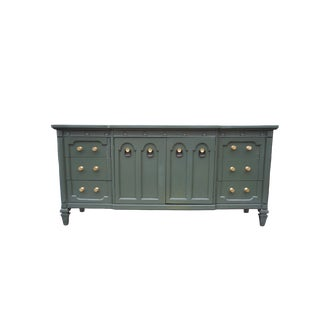 1980s Traditional Green Lacquered Traditional Dresser/Buffet For Sale