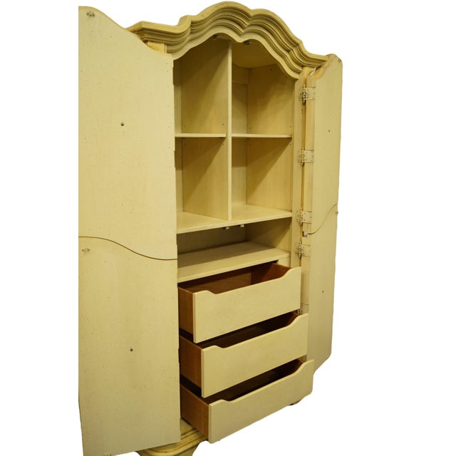 20th Century Italian Tuscan Stanley Furniture Painted Cream Clothing Armoire For Sale In Kansas City - Image 6 of 12
