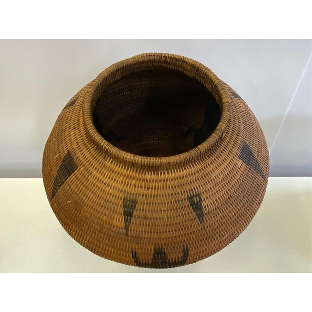 Fiber Vintage Urn Shaped Lidded Hand Woven Fiber Basket For Sale - Image 7 of 10