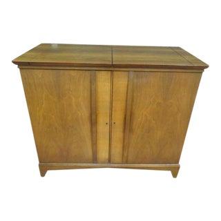 Vintage Mid Century Modern Walnut Bar Cabinet For Sale