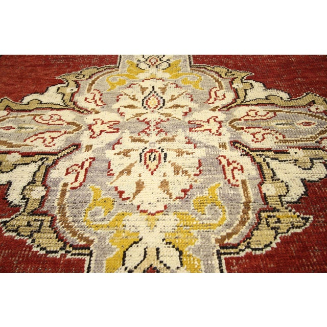 Early 20th Century Antique Turkish Oushak Hallway Runner Rug - 03'04 × 10′07 For Sale - Image 4 of 7