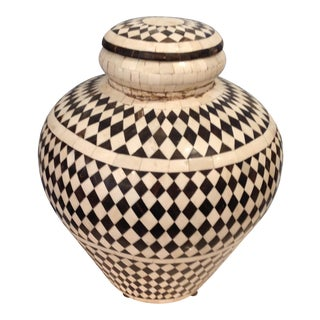 Anglo-Indian Lidded Jar of Bone Inlay For Sale