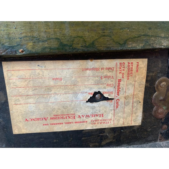 Antique Endebrock Trunk Co Dark Green Railway Travel Trunk With Brass For Sale - Image 12 of 13