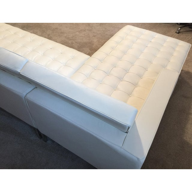 Kardiel Warm White Leather Knoll-Style Sectional - Image 4 of 6