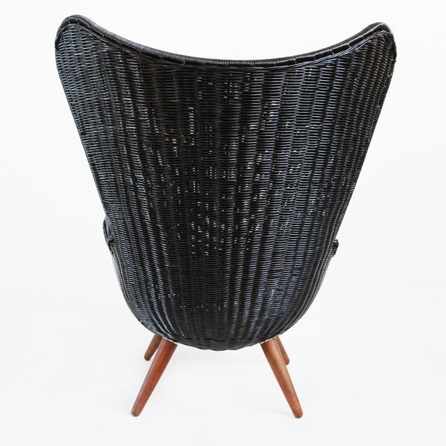 Contemporary Ebony Wicker Egg Chair For Sale - Image 3 of 5