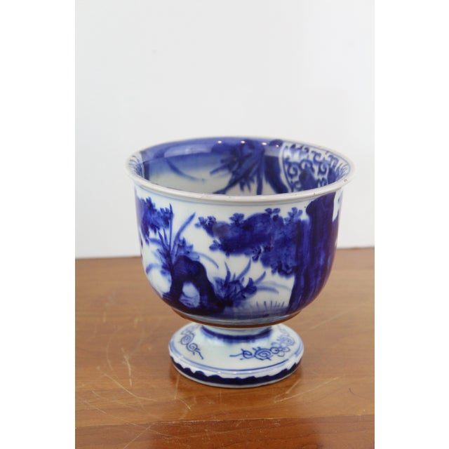Blue Antique Chinese Blue and White Urn For Sale - Image 8 of 8