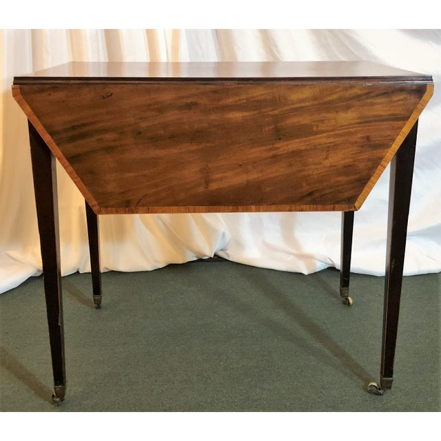 Late 18th Century Antique English Sheraton Pembroke Table, Circa 1790-1800. For Sale - Image 5 of 6