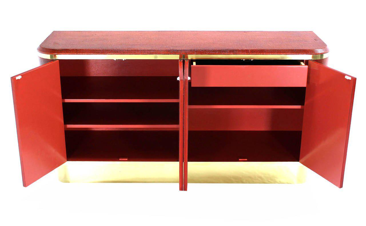 Incroyable Grass Cloth Brass Credenza Or Cabinet Or Sideboard Red Brick Color For Sale  In New York