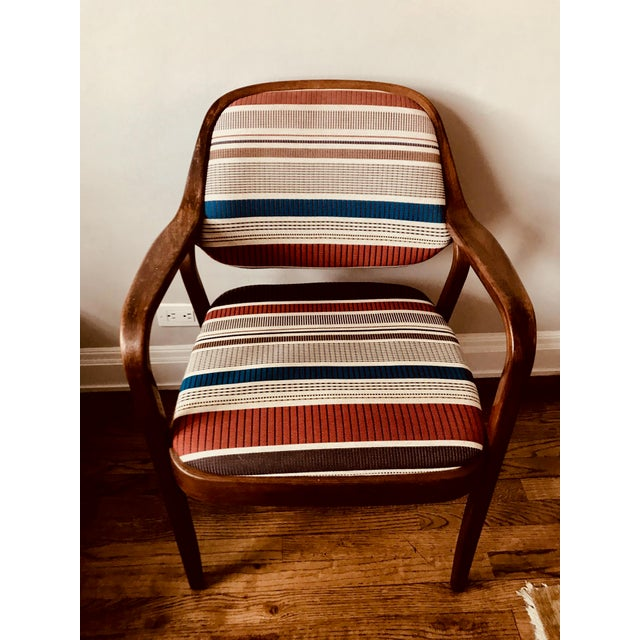 Bentwood 1970s Knoll Mid-Century Modern Chairs - Set of 4 For Sale - Image 7 of 10