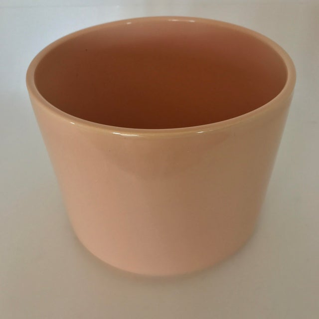 Gainey Mid Century Modern Pink Tabletop Planter - Image 3 of 9