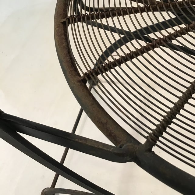 1960s Vintage Wrought Iron Pinwheel Bistro Style Folding Chair- Set of 4 For Sale - Image 12 of 13