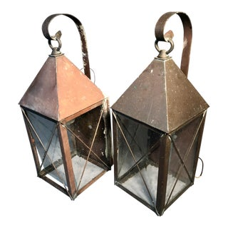 Vintage Glasgow Style Copper 3 Sides Lanterns Electric Wall Mount W/Seeded Glass - a Pair For Sale