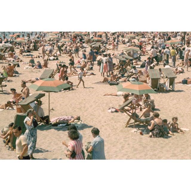 Americana 1960s Vintage Coney Island Brooklyn Beach Photograph Print For Sale - Image 3 of 6