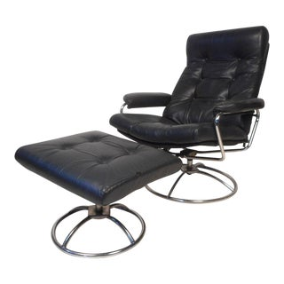 Contemporary Modern Reclining Swivel Lounge Chair and Ottoman For Sale