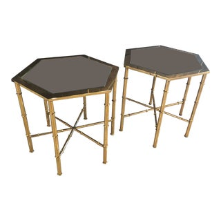 Vintage Hollywood Regency Mastercraft Brass Antique Mirror End Side Tables -A Pair For Sale