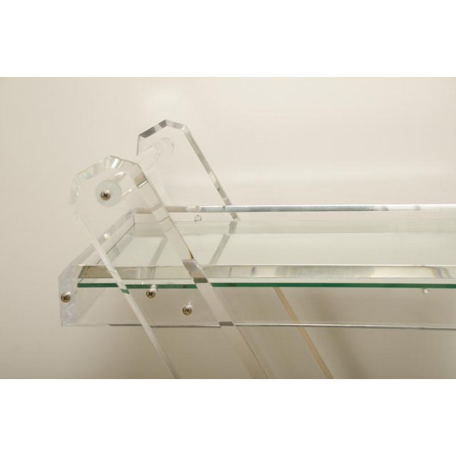 Mid-Century Lucite Tea Cart with Two Mirrored Shelves For Sale In New York - Image 6 of 8