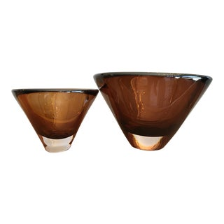 Vicke Lindstrand for Kosta Boda Bowls - a Pair For Sale