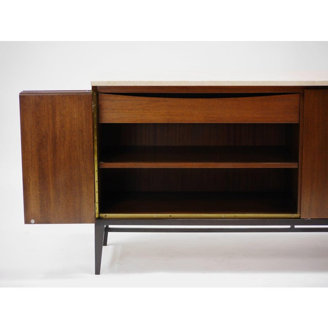 Mid-Century Modern Pair of Paul Mccobb Irwin Collection Mahogany and Travertine Credenzas For Sale - Image 3 of 7