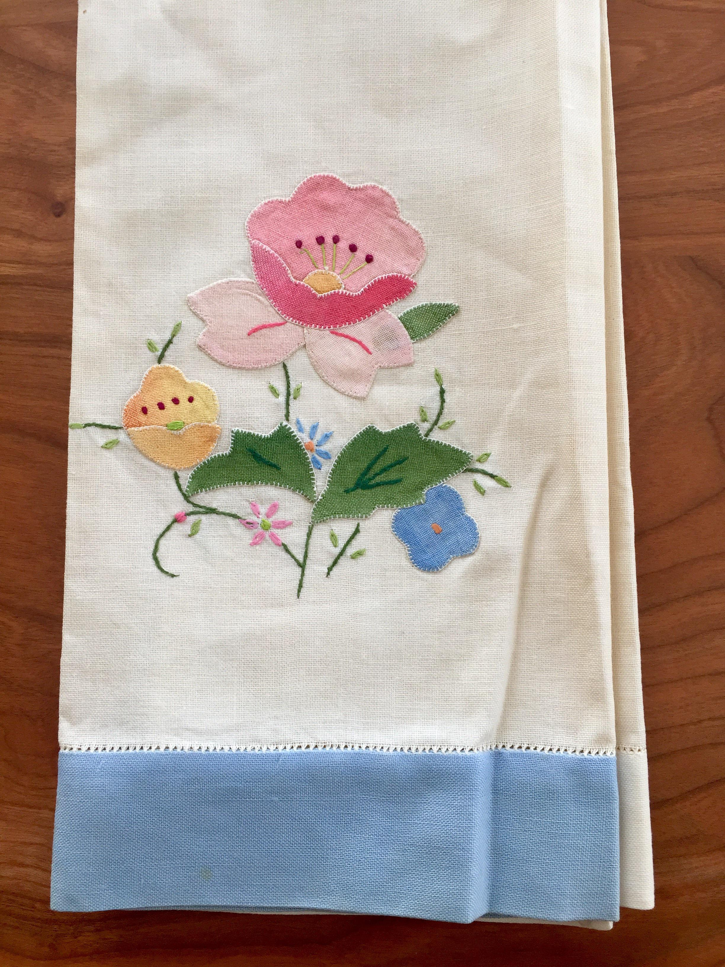 Vintage Floral Appliqué Linen Tea Towels   A Pair   Image 4 Of 5